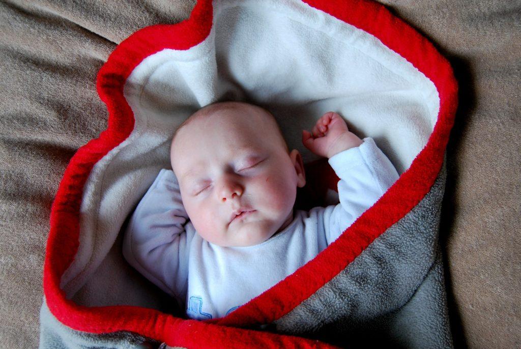 bebe-cobertor
